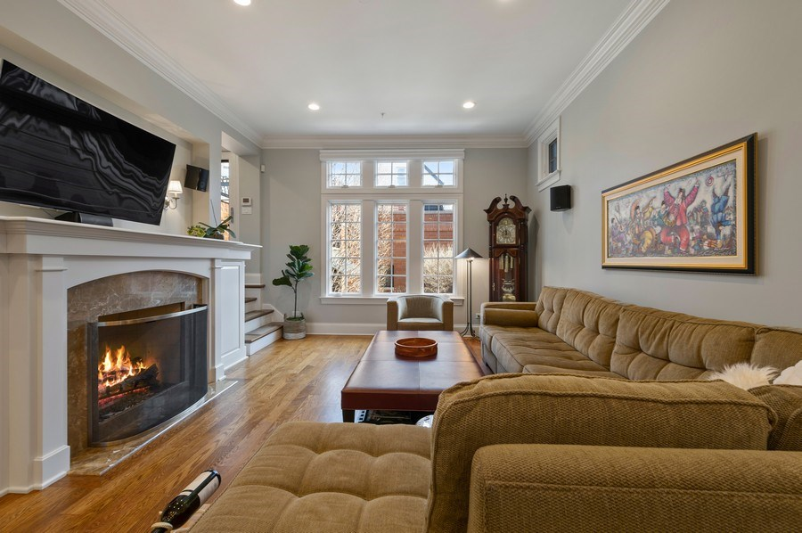 Real Estate Photography - 2309 N. Janssen Ave., Chicago, IL, 60614 - Family Room