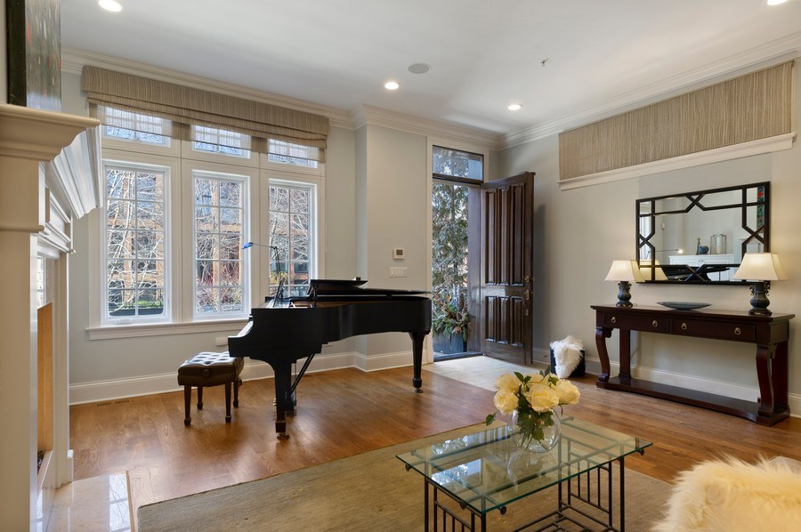 Real Estate Photography - 2309 N. Janssen Ave., Chicago, IL, 60614 - Living Room and Foyer