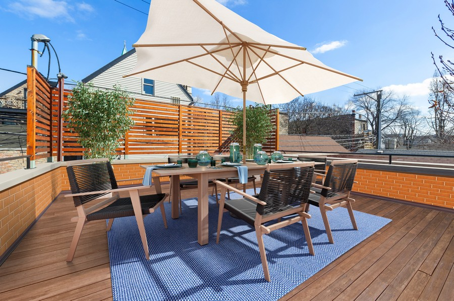 Real Estate Photography - 2309 N. Janssen Ave., Chicago, IL, 60614 - Garage Roof Deck