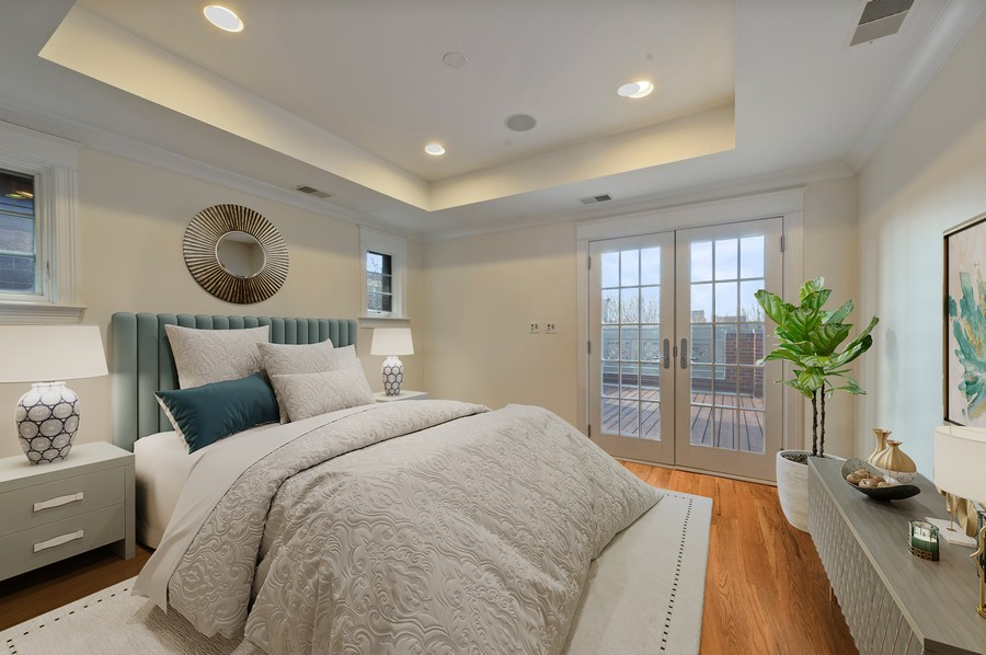 Real Estate Photography - 2309 N. Janssen Ave., Chicago, IL, 60614 - Bedroom - Ensuite with access to roof deck