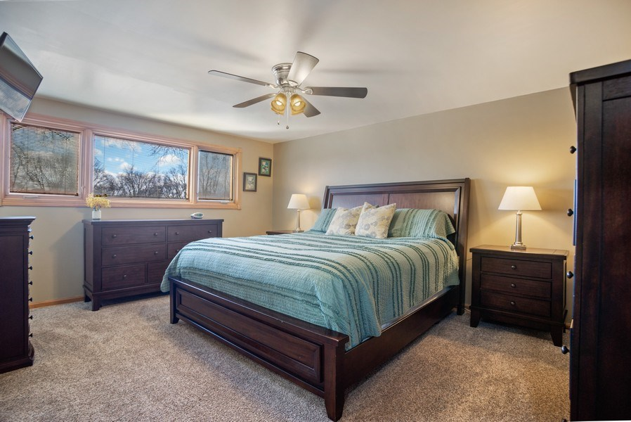 Real Estate Photography - 1711 S Milbrook Ln, Arlington Heights, IL, 60005 - Master Bedroom