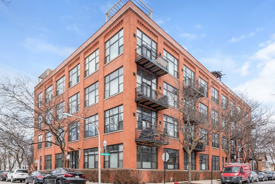 Real Estate Photography - 1259 N Wood St, 206, Chicago, IL, 60622 - Front View