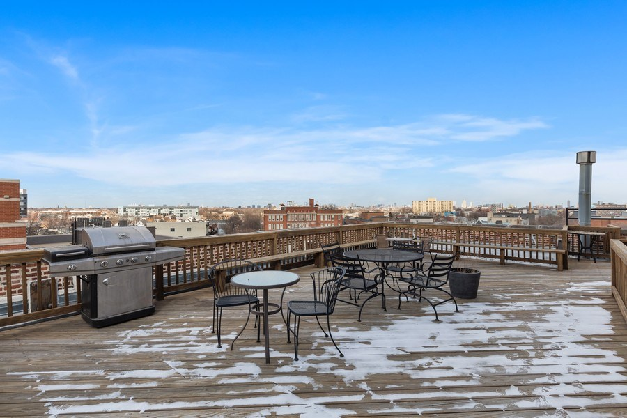 Real Estate Photography - 2735 W. Armitage, Unit 207, Chicago, IL, 60622 - Roof Deck
