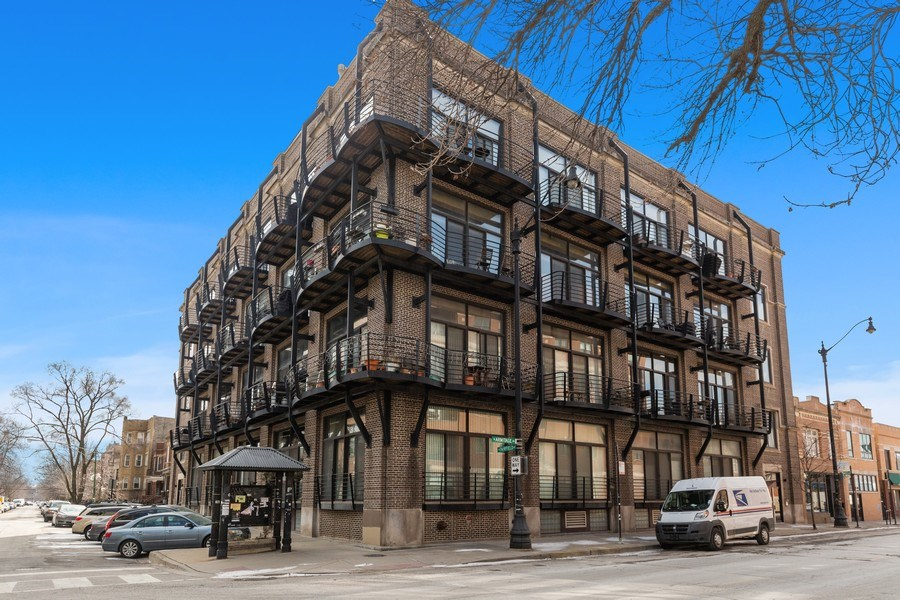 Real Estate Photography - 2735 W. Armitage, Unit 207, Chicago, IL, 60622 - Front View