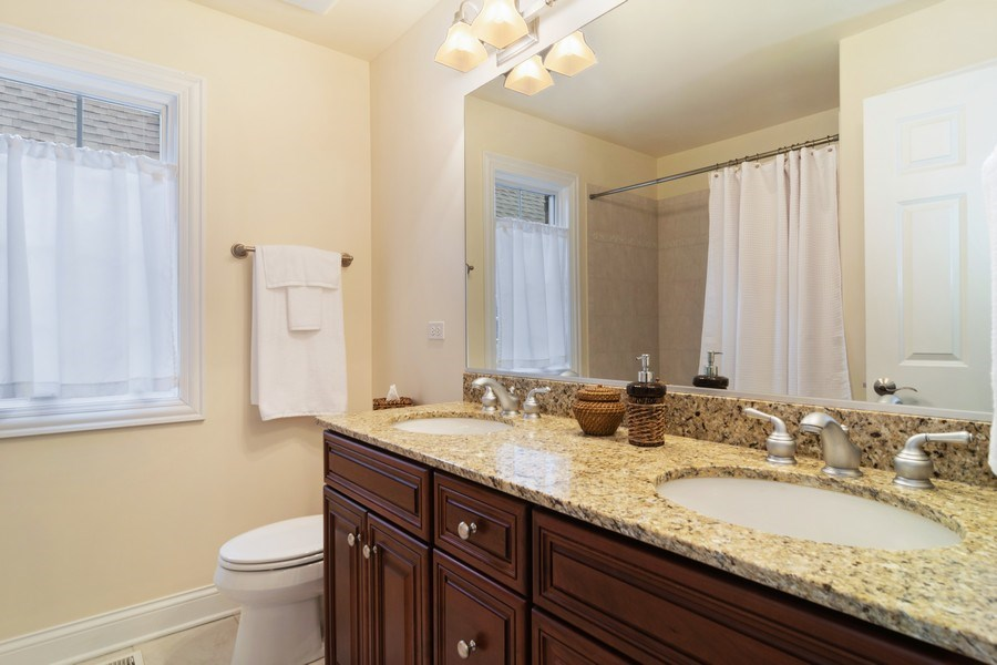 Real Estate Photography - 876 Cambridge, Elmhurst, IL, 60126 - 2nd Bathroom