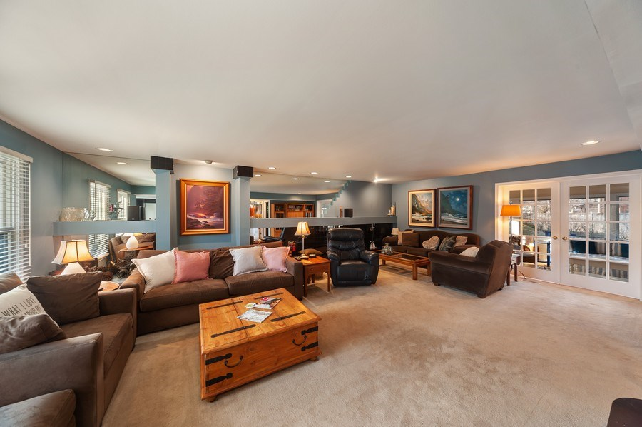Real Estate Photography - 1356 Rosewood Ave, Deerfield, IL, 60015 - Living Room