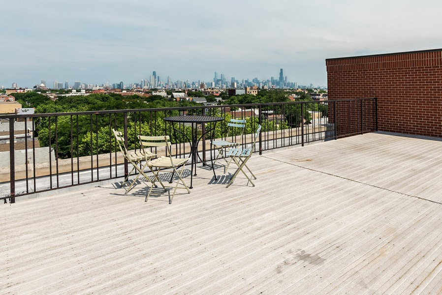 Real Estate Photography - 1935 N. Fairfield, #104, Chicago, IL, 60647 -