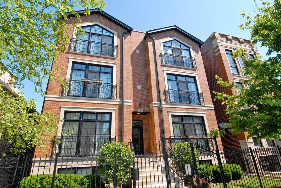 Real Estate Photography - 1846 W Armitage, Unit 2W, Chicago, IL, 60622 - Front View