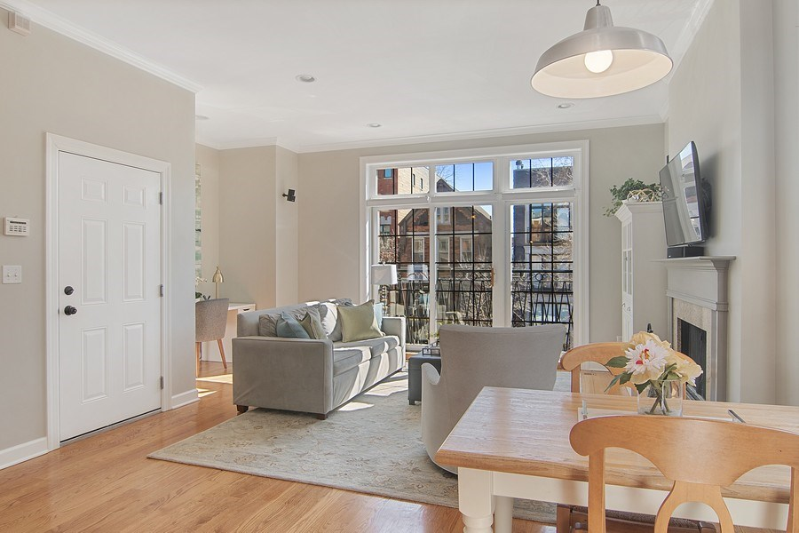 Real Estate Photography - 1846 W Armitage, Unit 2W, Chicago, IL, 60622 - Living Room / Dining Room