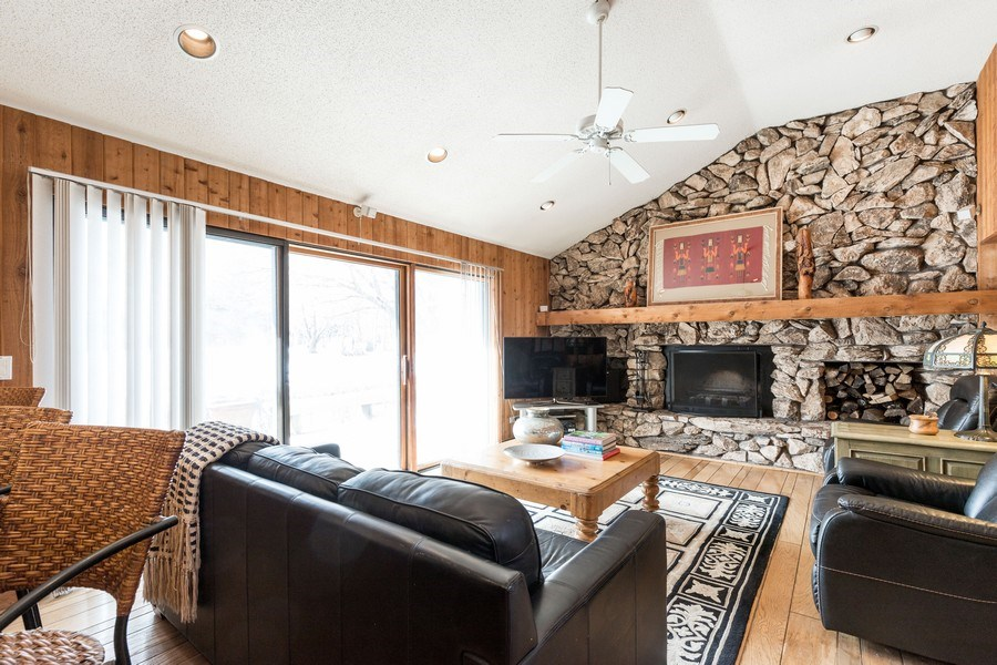 Real Estate Photography - 19441 W Tahoe Dr, Mundelein, IL, 60060 - Family Room
