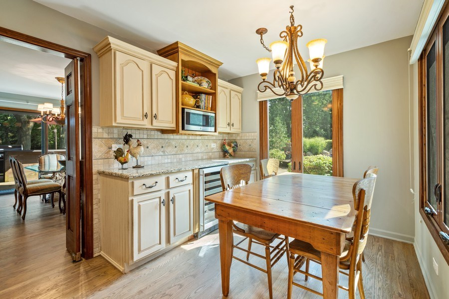 Real Estate Photography - 19441 W Tahoe Dr, Mundelein, IL, 60060 - Breakfast Area