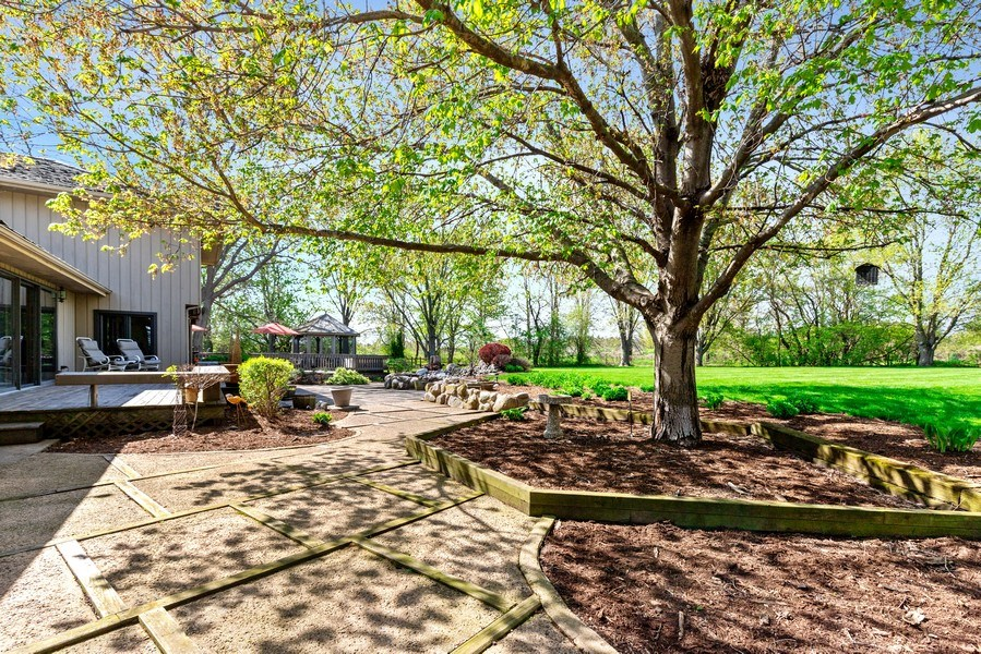 Real Estate Photography - 19441 W Tahoe Dr, Mundelein, IL, 60060 - Patio