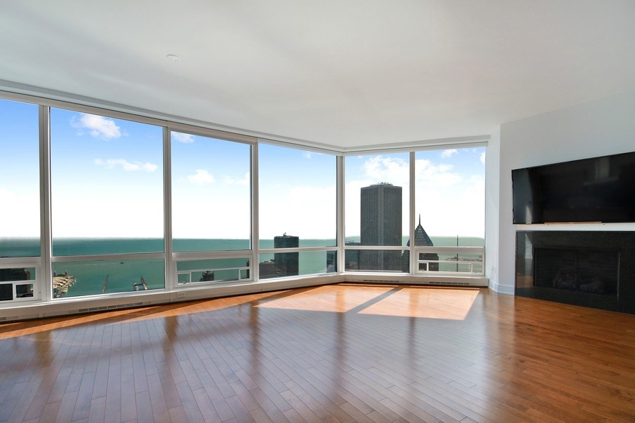Real Estate Photography - 401 N Wabash, Unit 69G, Chicago, IL, 60611 - Living Room