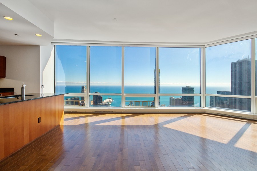 Real Estate Photography - 401 N Wabash, Unit 69G, Chicago, IL, 60611 - Dining Room