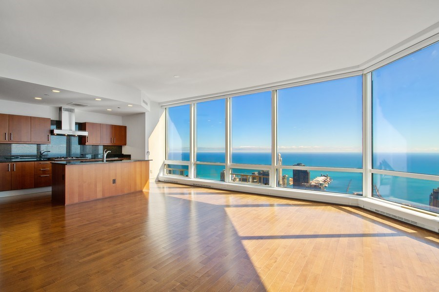 Real Estate Photography - 401 N Wabash, Unit 69G, Chicago, IL, 60611 - Kitchen / Dining Room