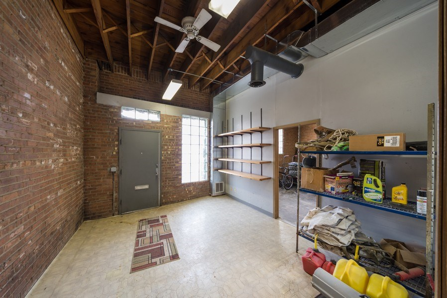 Real Estate Photography - 1714 N Pulaski Ave, Chicago, IL, 60639 - Entryway