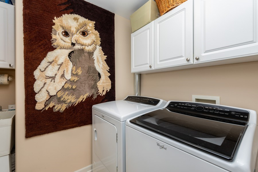 Real Estate Photography - 543 N Hough St, Unit 204, Barrington, IL, 60010 - Laundry Room