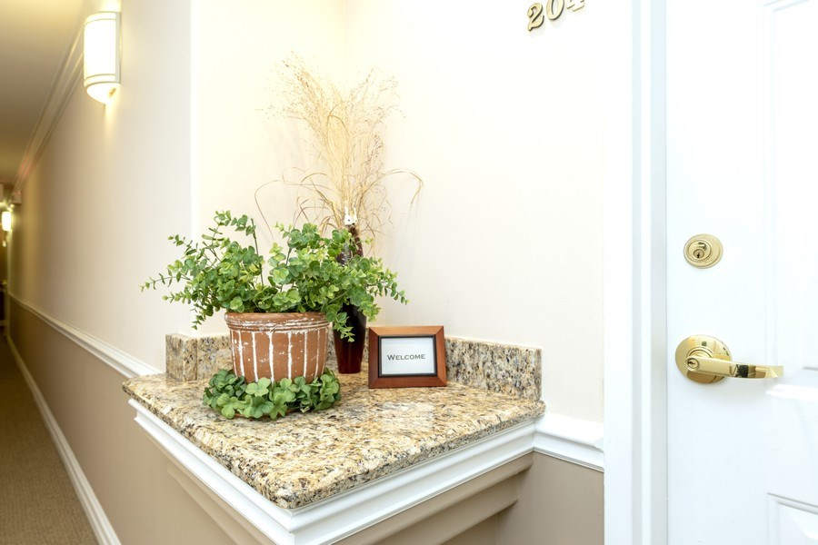 Real Estate Photography - 543 N Hough St, Unit 204, Barrington, IL, 60010 - Hallway Entrance