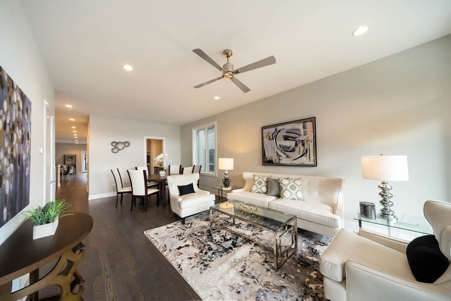 Real Estate Photography - 1220 W OHIO STREET 1, CHICAGO, IL, 60642 - Living Room