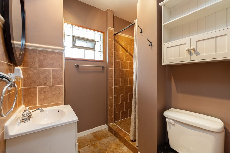 Real Estate Photography - 300 N Princeton Ave, Villa Park, IL, 60181 - Bathroom