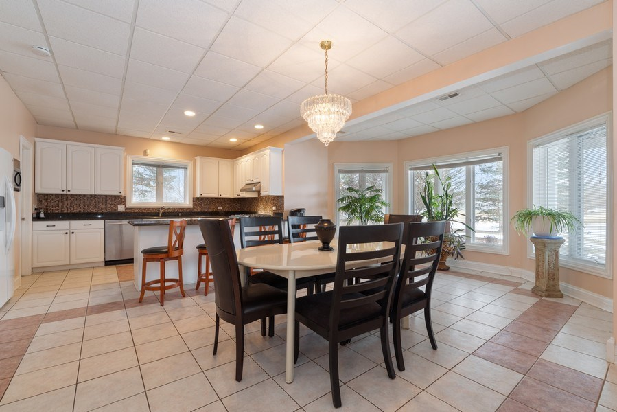 Real Estate Photography - 20945 N Swansway, Deer Park, IL, 60010 - Kitchen