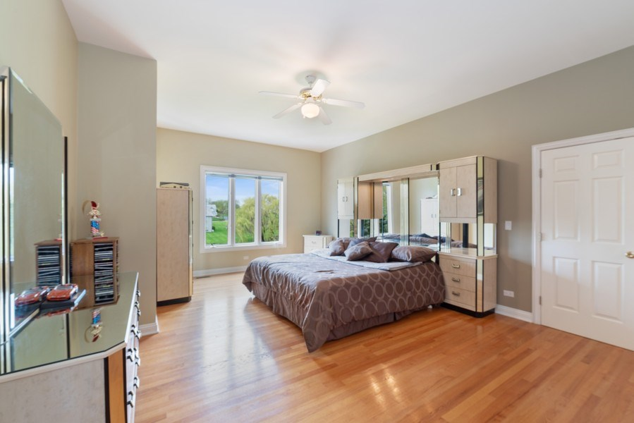 Real Estate Photography - 20945 N Swansway, Deer Park, IL, 60010 - Bedroom