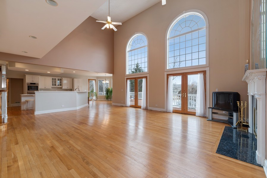 Real Estate Photography - 20945 N Swansway, Deer Park, IL, 60010 - Family Room