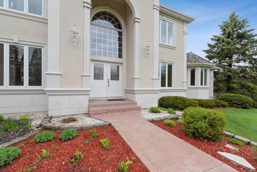 Real Estate Photography - 20945 N Swansway, Deer Park, IL, 60010 - Front View