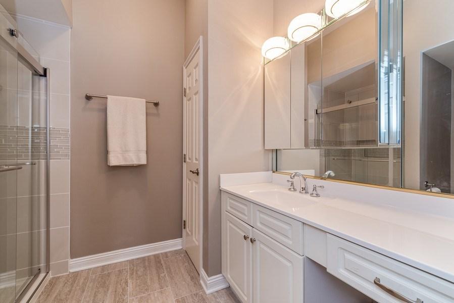 Real Estate Photography - 20945 N Swansway, Deer Park, IL, 60010 - Bathroom