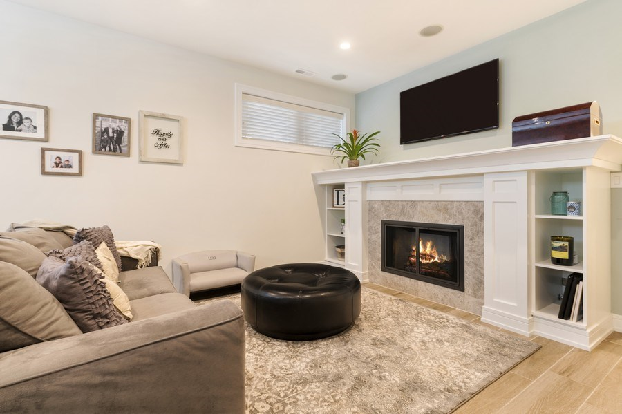 Real Estate Photography - 2230 W Medill Ave, Chicago, IL, 60647 - Family Room