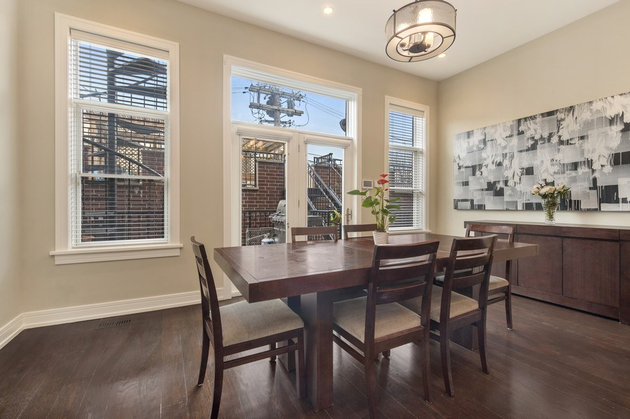 Real Estate Photography - 2230 W Medill Ave, Chicago, IL, 60647 - Breakfast/Family Room