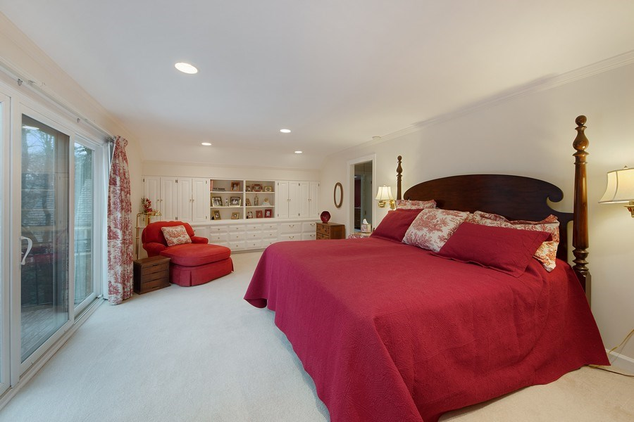 Real Estate Photography - 2 Court of Natchez, Lincolnshire, IL, 60069 - Master Bedroom