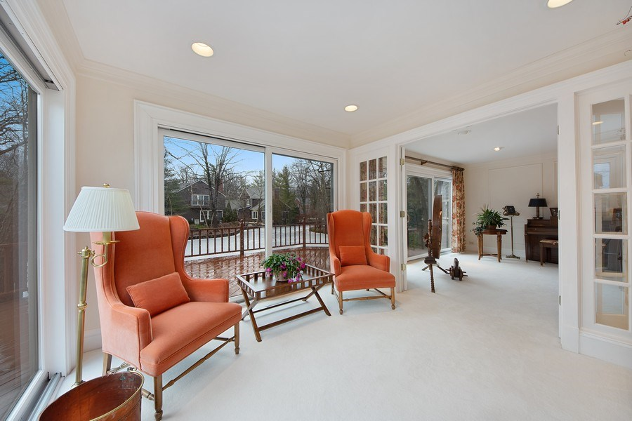 Real Estate Photography - 2 Court of Natchez, Lincolnshire, IL, 60069 - Sunroom