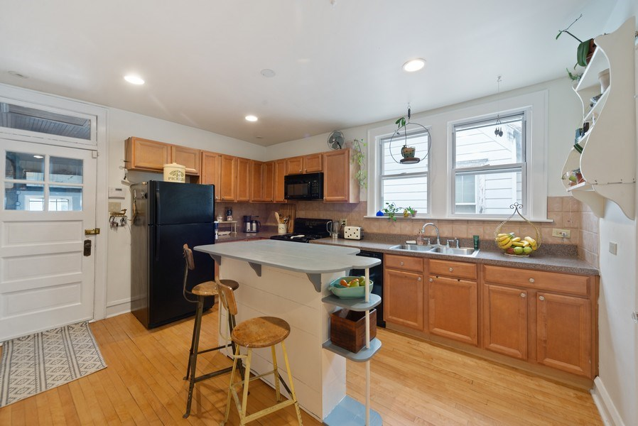 Real Estate Photography - 4042 N Springfield, Chicago, IL, 60618 - Unit 2 Kitchen