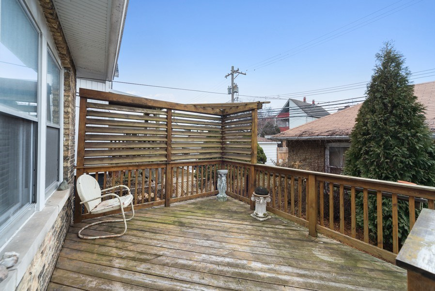 Real Estate Photography - 4042 N Springfield, Chicago, IL, 60618 - Deck