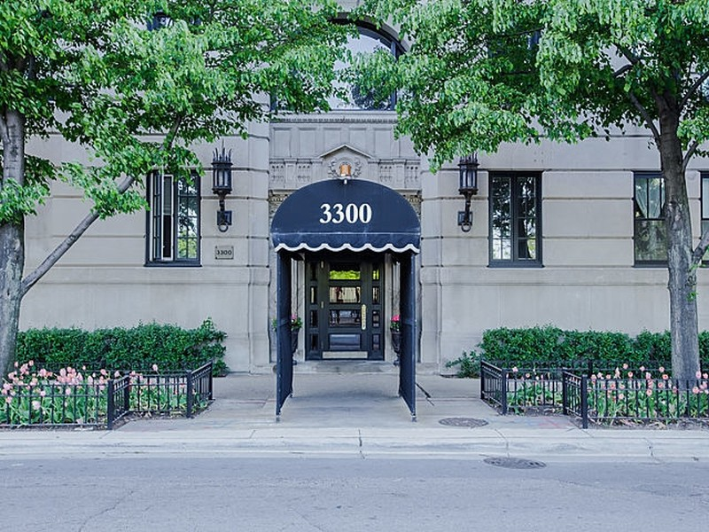 Real Estate Photography - 3300 N. Lake Shore Drive, Unit #6AB, Chicago, IL, 60657 - Front Entrance
