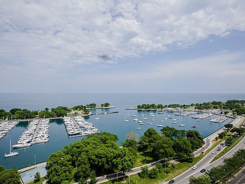 Real Estate Photography - 3300 N. Lake Shore Drive, Unit #6AB, Chicago, IL, 60657 - Belmont Harbor