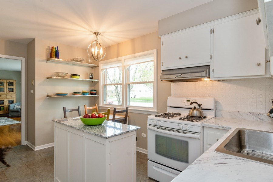 Real Estate Photography - 144 S Patton Ave, Arlington Heights, IL, 60005 - Kitchen