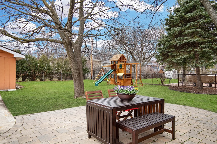 Real Estate Photography - 144 S Patton Ave, Arlington Heights, IL, 60005 -