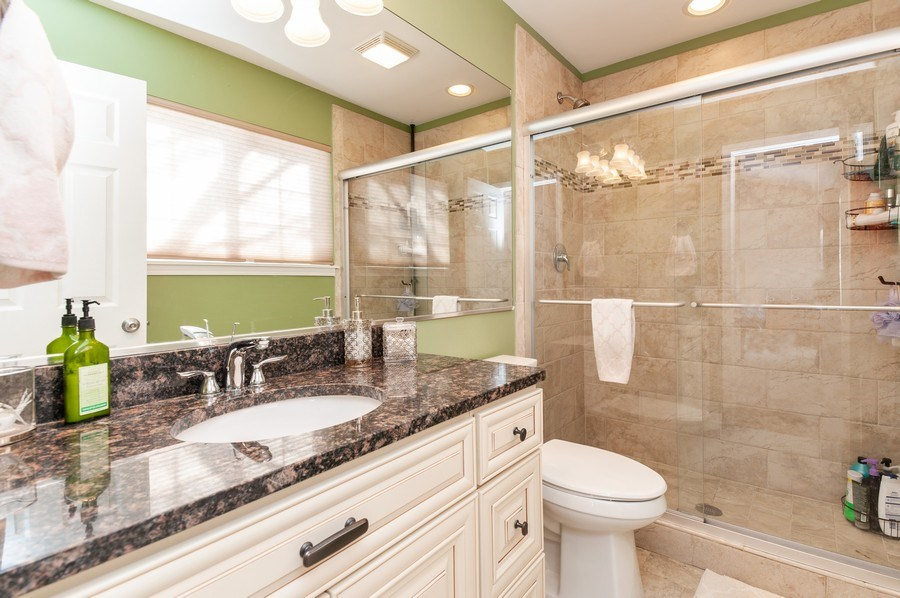 Real Estate Photography - 1068 Talbot Ln, Grayslake, IL, 60030 - Master Bathroom