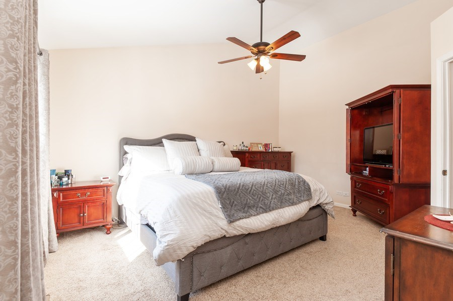 Real Estate Photography - 1068 Talbot Ln, Grayslake, IL, 60030 - Master Bedroom