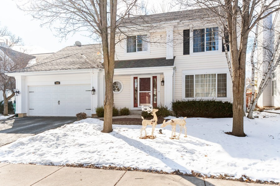 Real Estate Photography - 1068 Talbot Ln, Grayslake, IL, 60030 - Front View