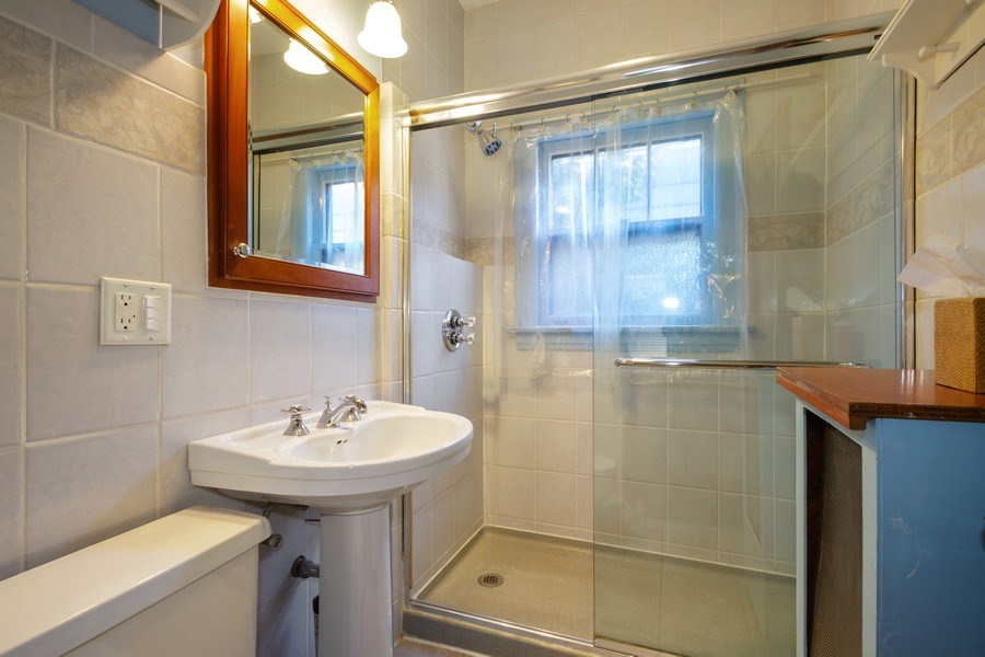 Real Estate Photography - 2108 Grant Street, Evanston, IL, 60201 - First Floor Full Bath