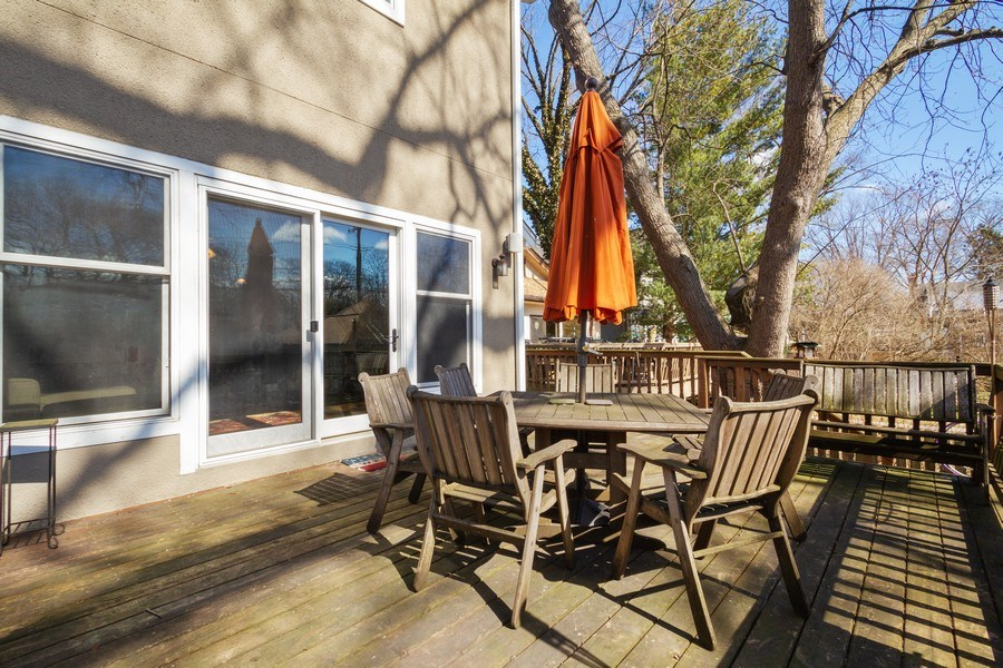 Real Estate Photography - 2108 Grant Street, Evanston, IL, 60201 - Deck
