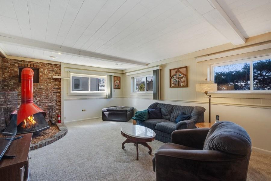 Real Estate Photography - 1721 Glen Lake Rd, Hoffman Estates, IL, 60169 - Basement