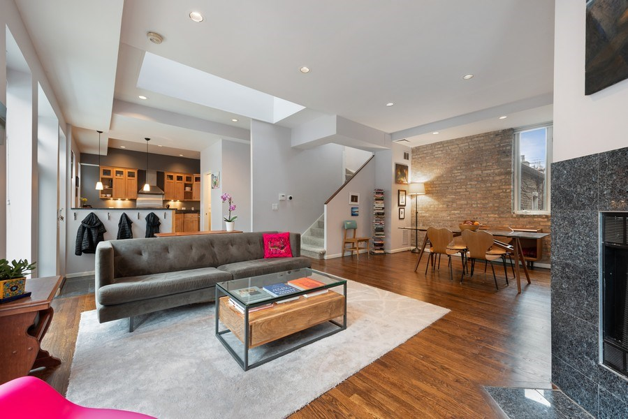 Real Estate Photography - 1217 W Webster, Chicago, IL, 60614 - Living Room