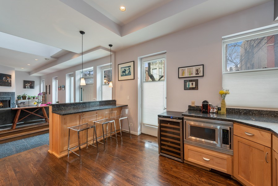 Real Estate Photography - 1217 W Webster, Chicago, IL, 60614 - Kitchen