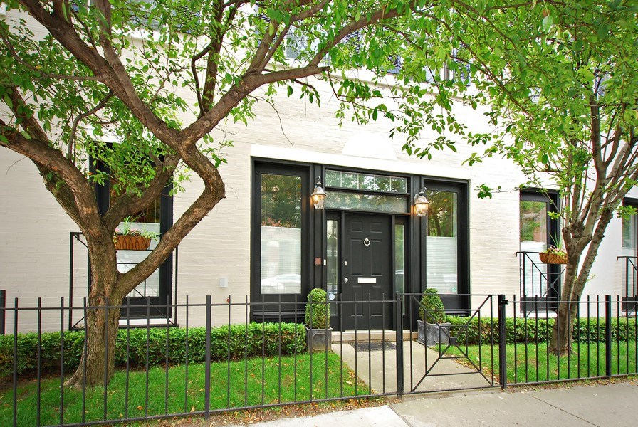 Real Estate Photography - 1217 W Webster, Chicago, IL, 60614 - Front View