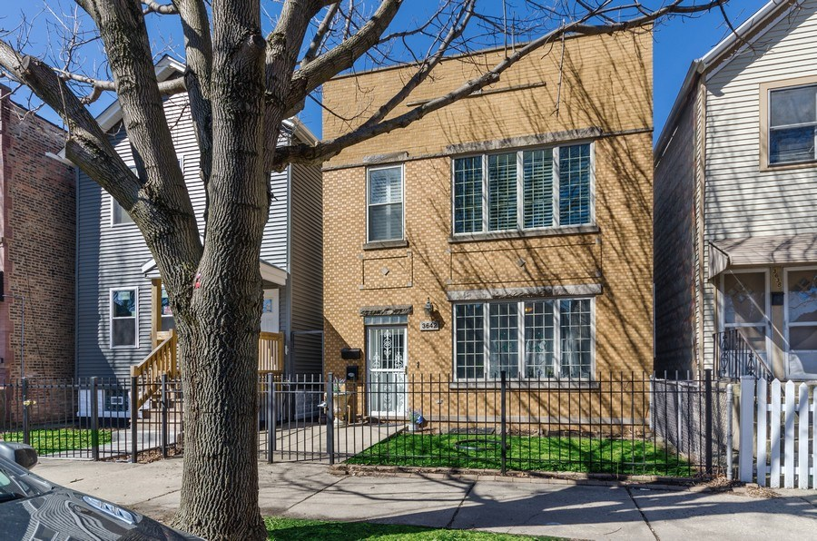 Real Estate Photography - 3642 S Union Ave, Chicago, IL, 60609 - Front View