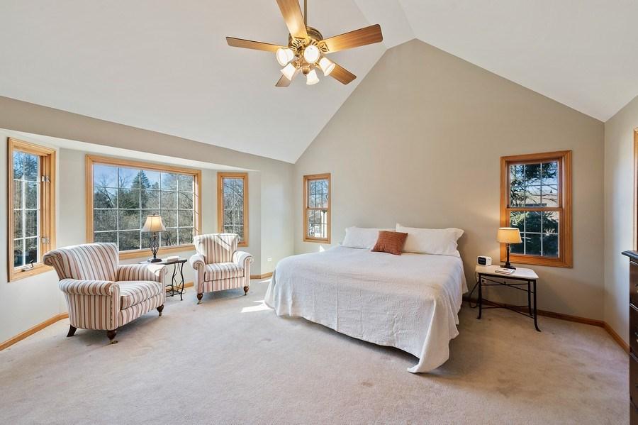 Real Estate Photography - 669 Buena Vista Dr, Glen Ellyn, IL, 60137 - Master Bedroom